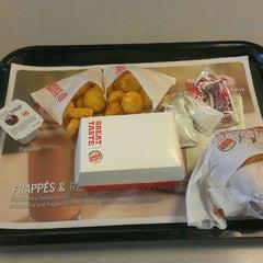 Photo taken at Burger King® by umesan on 9/27/2013