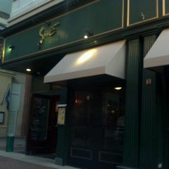 Photo taken at Sine Irish Pub & Restaurant Arlington,Va by Bob S. on 9/16/2012