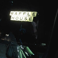 Photo taken at Waffle House by Tiffany D. on 9/15/2012