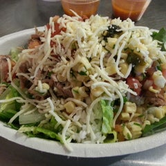 Photo taken at Chipotle Mexican Grill by Stacy R. on 12/15/2014