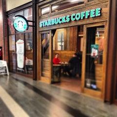 Photo taken at Starbucks by apple b. on 1/17/2013