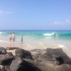 Photo taken at La'Aloa Bay Beach (White Sands Beach Park) by Oleg A. on 3/28/2015