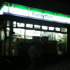 Photo taken at ファミリーマート 東陽町駅前店 by Norikazu N. on 10/25/2012