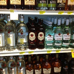 Photo taken at Cub Foods by Maria H. on 3/29/2013