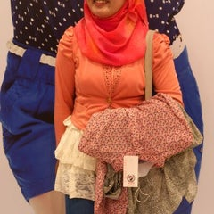 Photo taken at Brands Outlet by Manaal S. on 10/20/2012