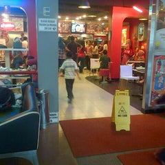 Photo taken at KFC / KFC Coffee by Agnes C. on 2/10/2013
