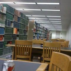 Photo taken at Valley Library (OSU) by Mu K. on 5/21/2013