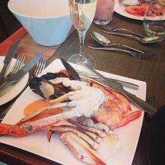 Photo taken at Melba Restaurant by Ghen L. on 11/7/2014