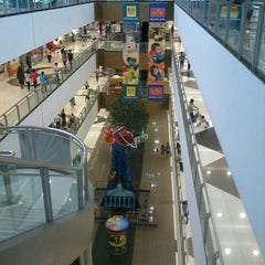 Photo taken at SM Southmall by Angel P. on 5/17/2013
