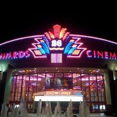 Photo taken at Edwards Long Beach  26 & IMAX by Felip W. on 11/23/2012