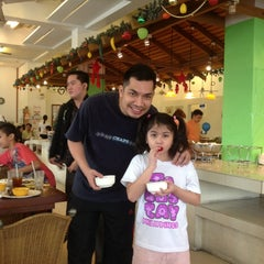 Photo taken at Carinderia Buffet by PX C. on 12/16/2012