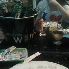 Photo taken at Aquarius chopperia & sushi bar by Diego G. on 12/28/2012