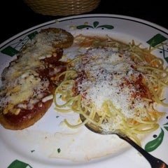 Photo taken at Olive Garden by jamplaystl on 1/6/2013