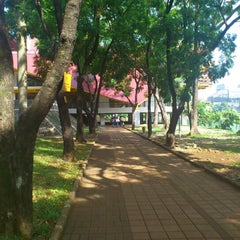 Photo taken at Universitas Indonesia by D. A. on 10/23/2012