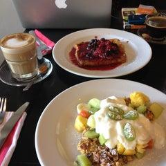 Photo taken at Delish Cafe by Ksana on 11/9/2012