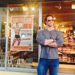 Photo taken at Active Nutrition by Mike O. on 2/4/2014