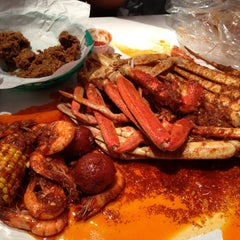 Photo taken at The Boiling Crab by Stacy M. on 5/26/2013