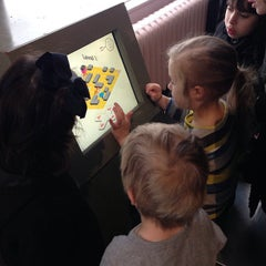 Photo taken at V&A Museum Of Childhood by Alexander on 3/31/2013