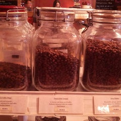 Photo taken at atlanta coffee roasters by Soowan P. on 11/16/2013
