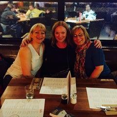 Photo taken at Earls Restaurant by Deborah T. on 2/2/2015