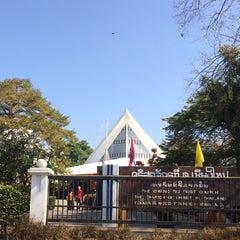 Photo taken at The First Church of Chiang Mai โบสถ์คริสตจักรที่ 1 เชียงใหม่ by FiOhnaAnGeL on 12/25/2014