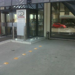 Photo taken at Toyota Plaza Toyan by CHARACTER AUTO  60TL'ye Havalimanı T. on 11/6/2012