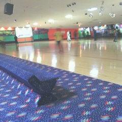 Photo taken at Sparkles Family Fun Center by William E. on 11/12/2012