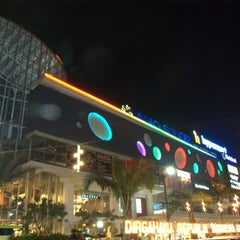 Photo taken at Solo Square by R. Adhi N. on 10/21/2012