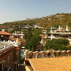 Photo taken at Perili Bay Resort by Fatih E. on 6/30/2013