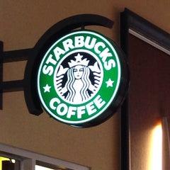 Photo taken at Starbucks by Kristine L. on 9/22/2013