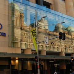 Photo taken at Hilton Sydney by Ian C. on 10/23/2012