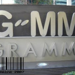 Photo taken at GMM Grammy Place (อาคาร จีเอ็มเอ็ม แกรมมี่ เพลส) by Song G. on 11/10/2012