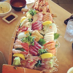 Photo taken at Sushi House by Lear C. on 8/2/2013