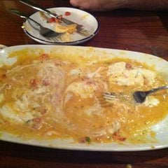 Photo taken at Red Lobster by Gina E. on 10/27/2012