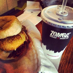 Photo taken at Zombie Burger + Drink Lab by Audrey W. on 9/8/2013