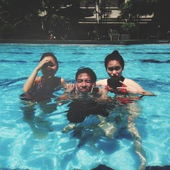 Photo taken at 33 Pham Ngu Lao Swimming Pool by Dominic N. on 5/18/2013