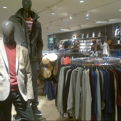 Photo taken at H&M by Trey T. on 10/10/2012