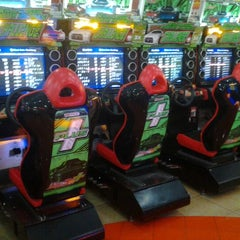 Photo taken at Timezone by Althov Z. on 11/13/2012