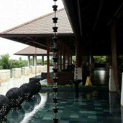 Photo taken at Vintana, Shangri-La's Boracay Resort & Spa by May ♍. on 12/2/2015