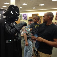 Photo taken at Barnes & Noble by Tynisha S. on 10/6/2012