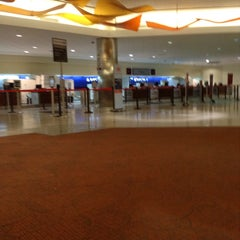 Photo taken at Delta Air Lines Ticket Counter by Steph on 6/26/2013