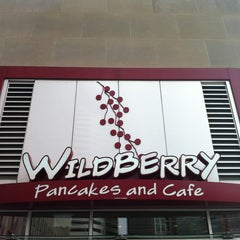 Photo taken at Wildberry Pancakes & Cafe by Laura on 1/12/2013