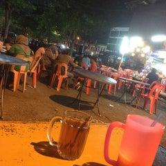 Photo taken at Teratak Simple by WanAmiruddin D. on 4/7/2016