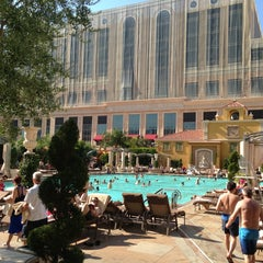 Photo taken at The Venetian Pool by Беллка on 8/7/2013