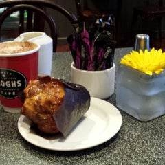 Photo taken at Keogh's Cafe by Giuseppe S. on 9/22/2013