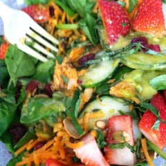 Photo taken at Snap Kitchen by Cynthia N. on 10/31/2012