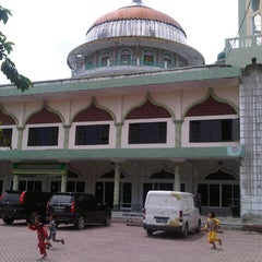 Photo taken at Masjid Agung Darul Falah by Moch D. on 2/27/2013