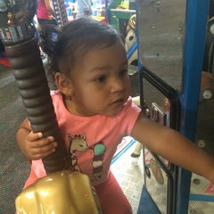 Photo taken at Chuck E. Cheese's by Jose L. on 8/28/2014