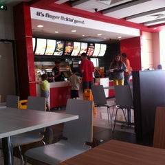 Photo taken at KFC by MR S. on 5/18/2014