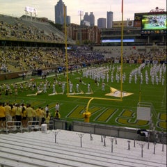 Photo taken at Bobby Dodd Stadium by Fatima Al Slail on 9/29/2012